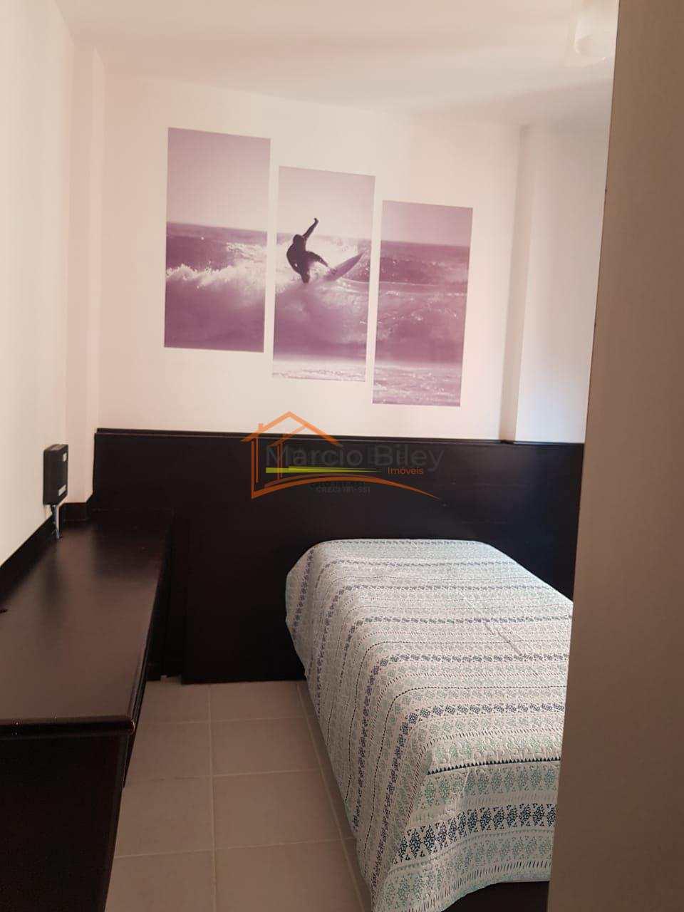 Apto em frente a praia, 3 dormitórios, sendo 1 suíte, na Guilhermina!