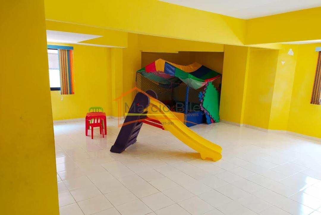 Apto 3 dormitórios, sendo uma suíte na vila Tupi, 300 metros da Praia!