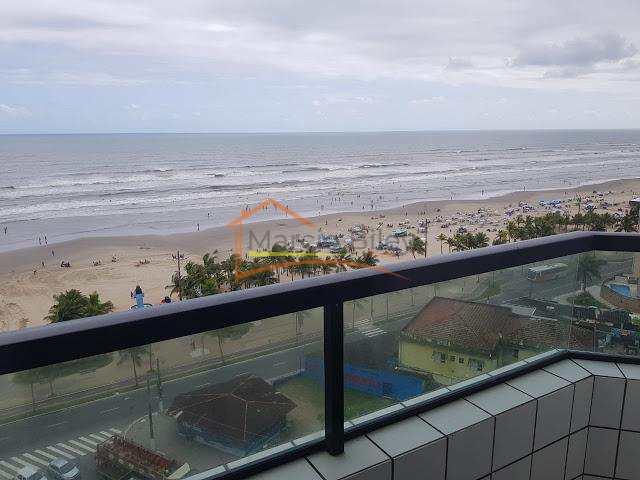 Cobertura 3 dormitórios, sendo 2 suítes, com linda vista para o mar!