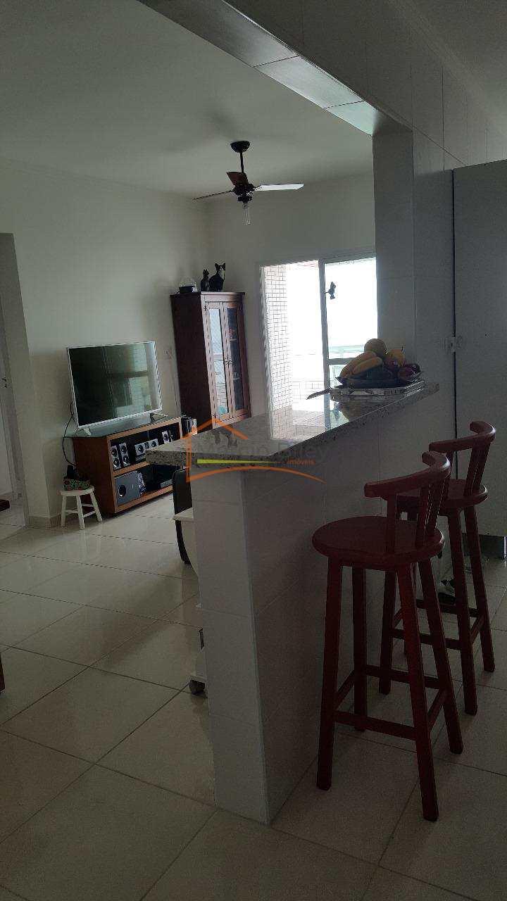 Apto 2 dormitórios, sendo um suíte na Vila Tupy!