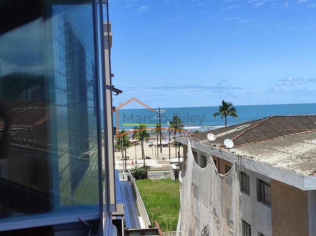 Apto 3 dormitórios, sendo 1 suíte no canto do forte, com vista mar!