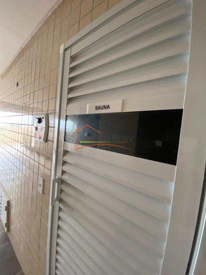 Apt 2 dormitórios, sendo um suíte, 2 vagas de garagem privativa!