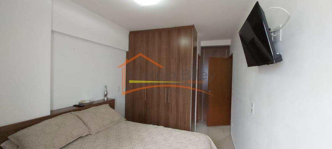 Apartamento dos seus sonhos  mobiliado frente mar, com 2 vagas