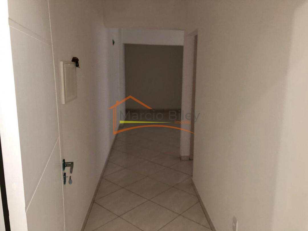 Apartamento de 2 dormitórios sendo 1 suíte.