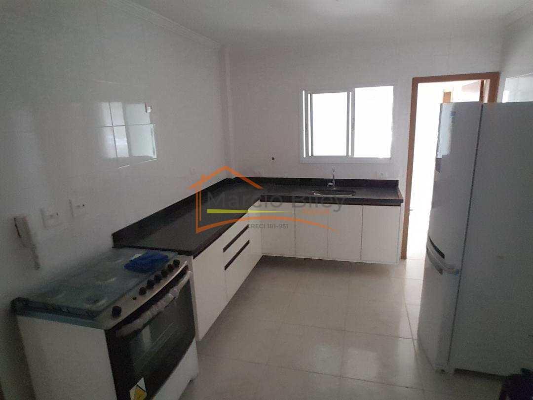 Apartamento de 3 dormitórios com 3 suítes.