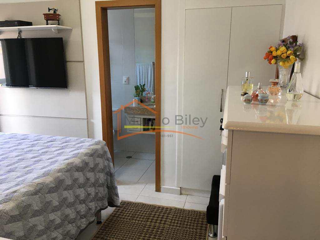 Apartamento de 3 dormitórios com 3 suítes excelente localidade