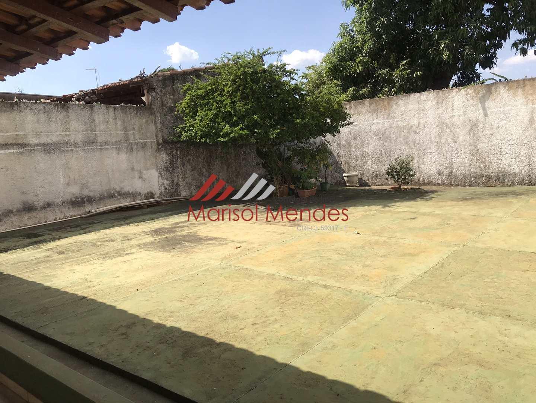 Casa com 3 dorms, Centro, Pirassununga - R$ 580 mil, Cod: 122