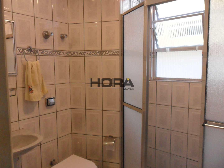 Apartamento com 2 dorms, Gonzaga, Santos - R$ 680 mil, Cod: 243