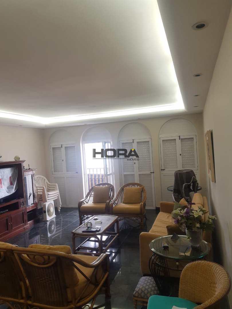 Apartamento com 3 dorms, Gonzaga, Santos - R$ 1.8 mi, Cod: 352