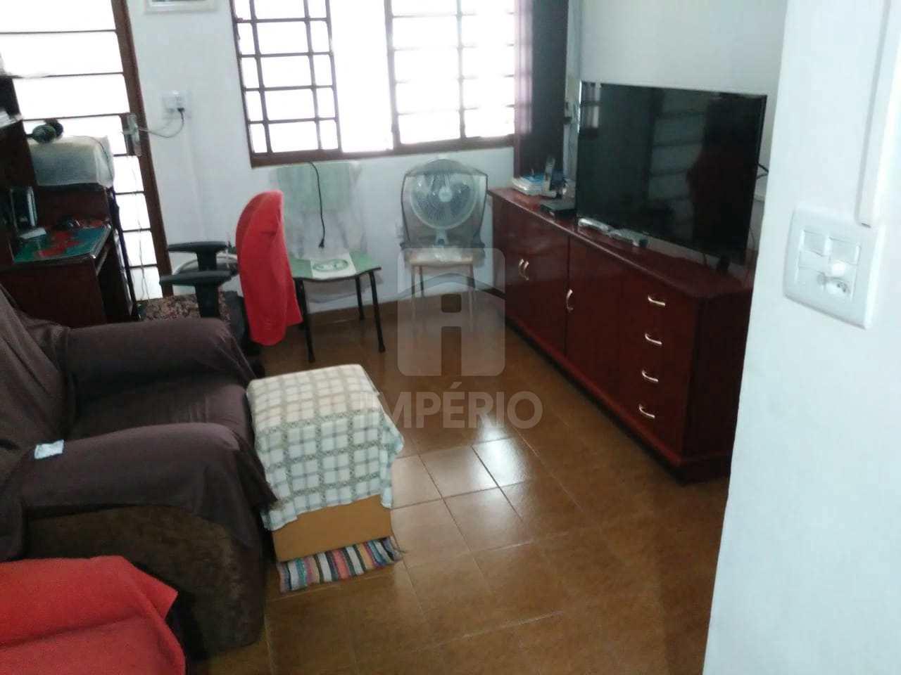 Casa com 4 dorms, Jardim Pedro Ometto, Jaú - R$ 190 mil, Cod: 328