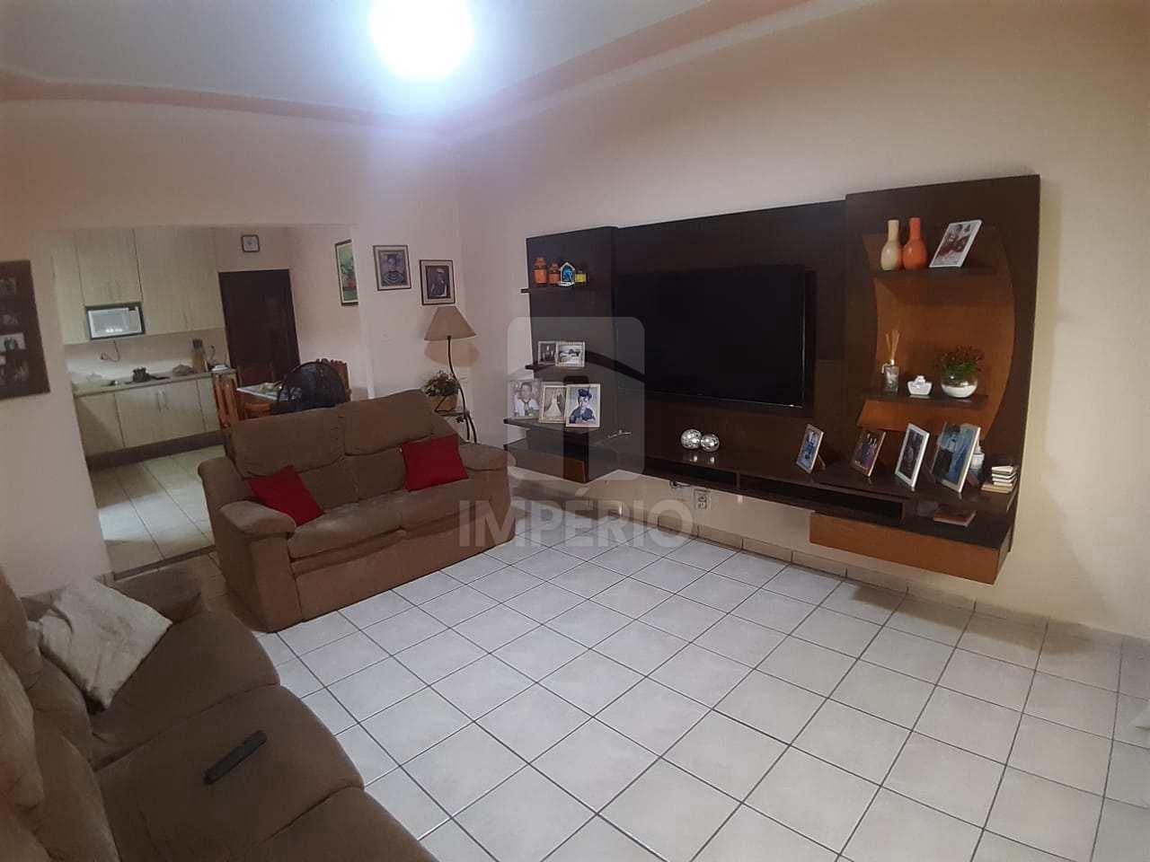 Casa com 2 dorms, Jardim Planalto, Jaú - R$ 250 mil, Cod: 347