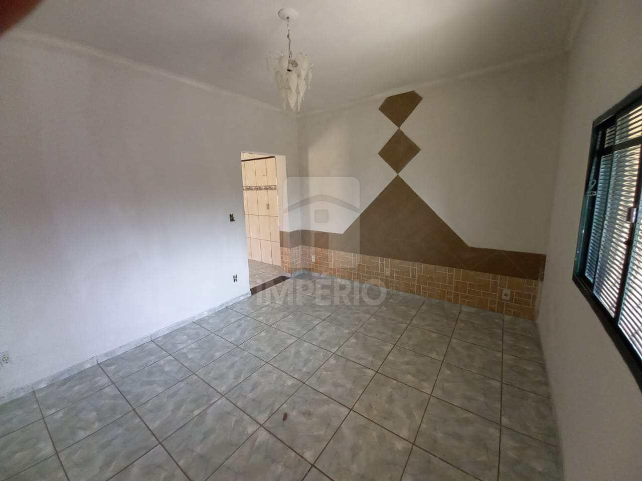 Casa com 3 dorms, Jardim Cila de Lúcio Bauab, Jaú - R$ 190 mil, Cod: 395