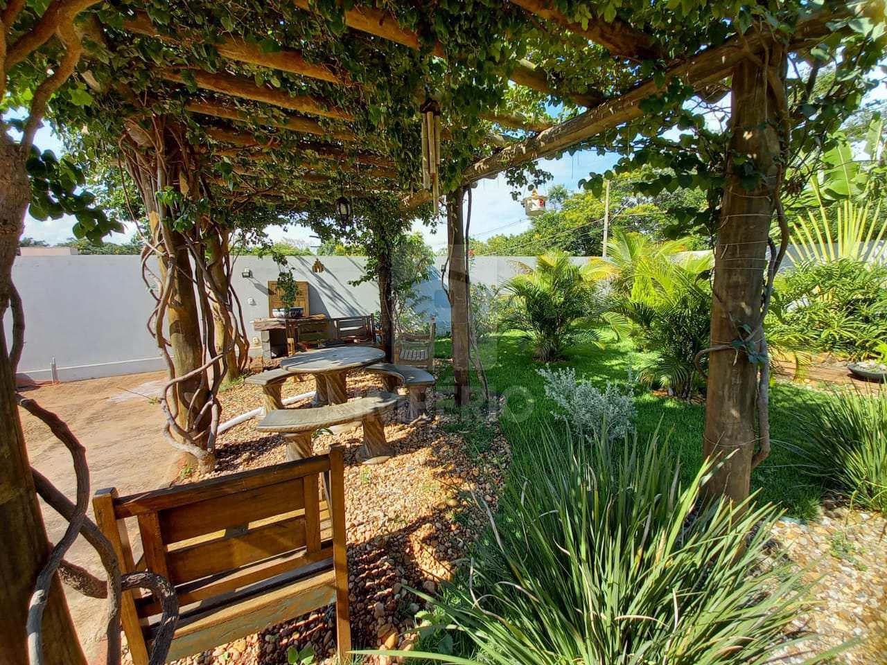 Casa com 3 dorms, Parque Residencial Primavera II, Jaú - R$ 800 mil, Cod: 448
