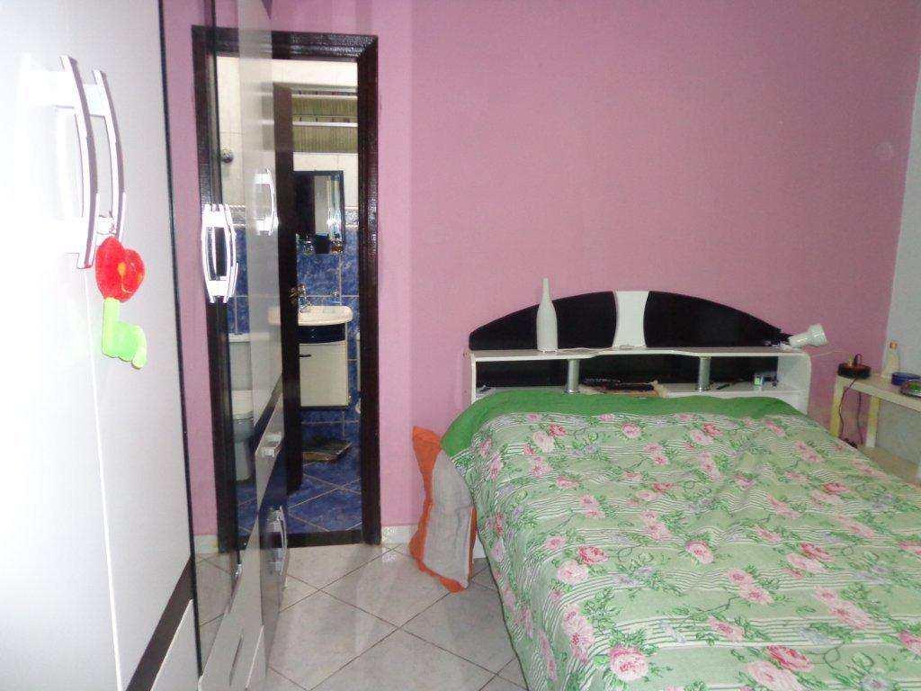 Casa com 3 dorms, Maracanã, Praia Grande - R$ 270.000,00, 100m² - Codigo: 5770