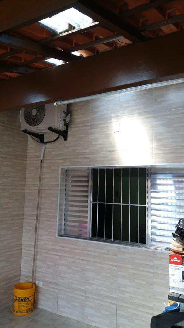 Casa com 2 dorms, Maracanã, Praia Grande - R$ 260.000,00, 100m² - Codigo: 5775