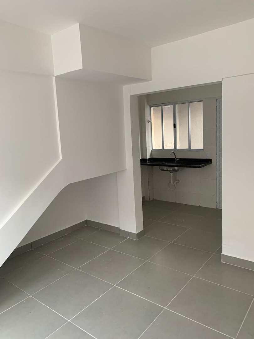 Casa de Condomínio com 2 dorms, Maracanã, Praia Grande - R$ 195 mil, Cod: 6221