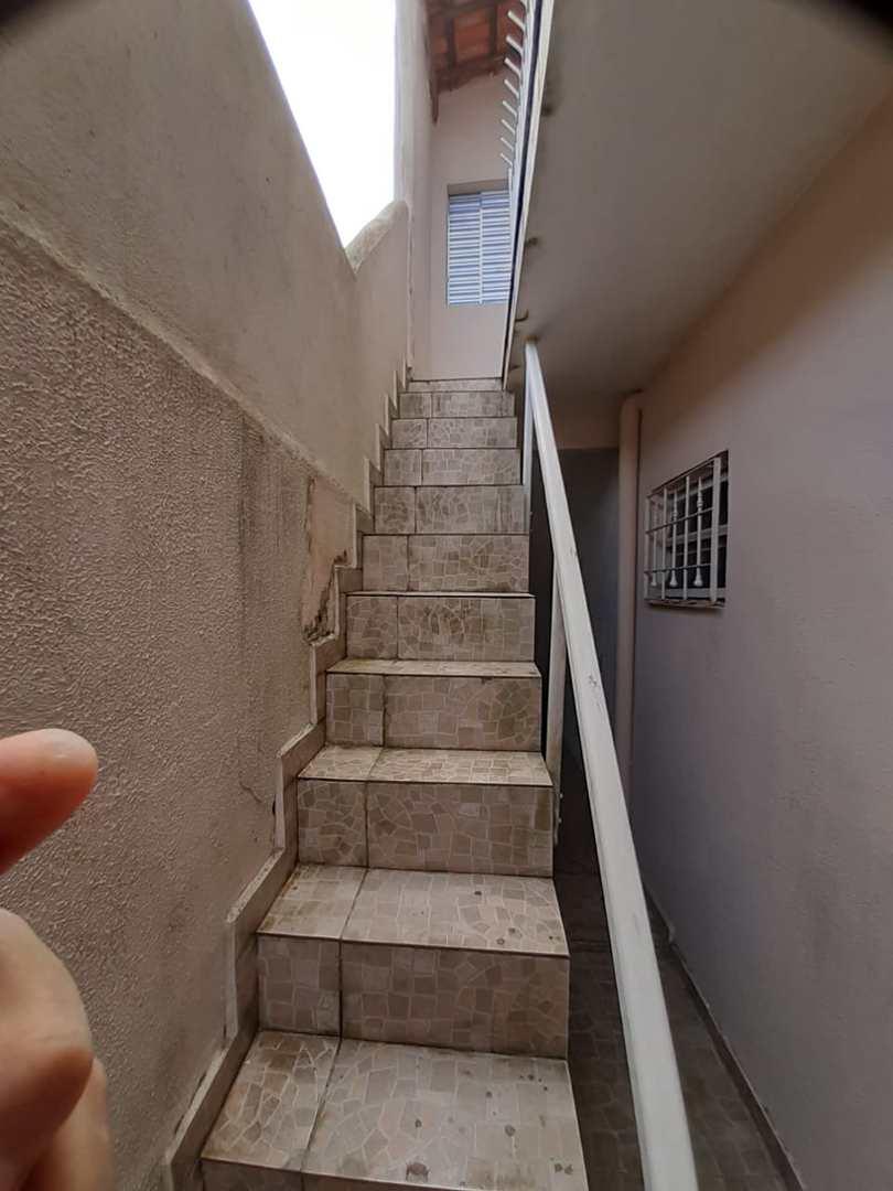 Casa com 5 dorms, Maracanã, Praia Grande - R$ 335 mil, Cod: 6239