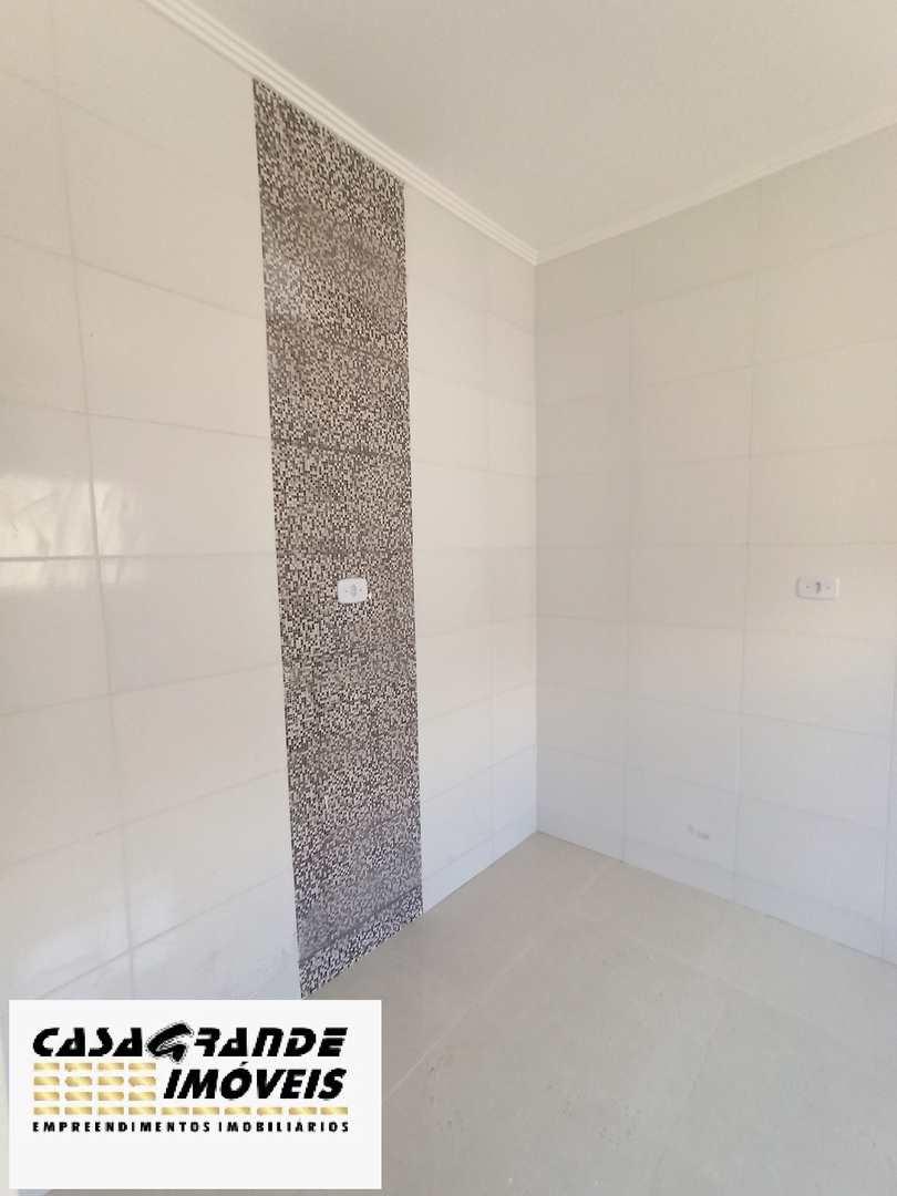 Casa de Condomínio com 2 dorms, Maracanã, Praia Grande - R$ 215 mil, Cod: 6295