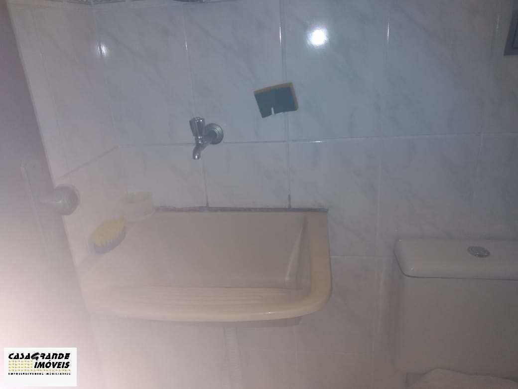 Kitnet com 1 dorm, Mirim, Praia Grande - R$ 120 mil, Cod: 6358