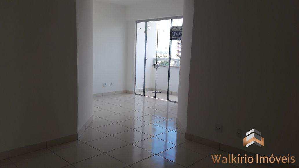 Apartamento com 3 dorms, Centro, Governador Valadares - R$ 280 mil, Cod: 72