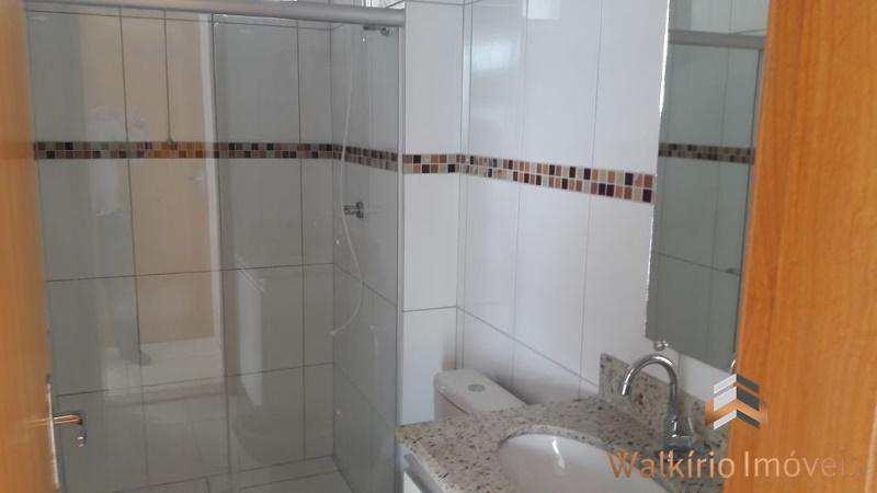 Apartamento com 3 dorms, Centro, Governador Valadares - R$ 280 mil, Cod: 80