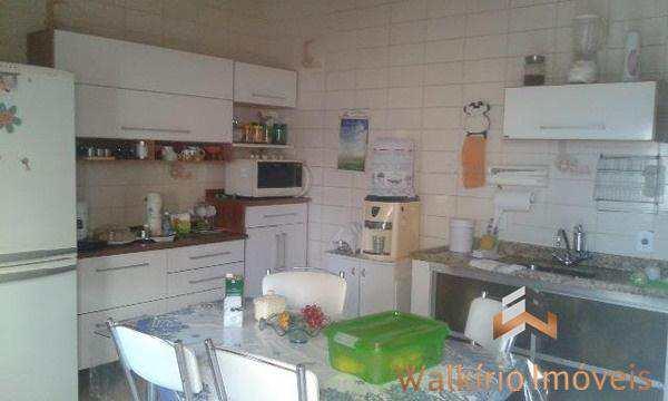 Casa com 3 dorms, São Paulo, Governador Valadares - R$ 240.000,00, 0m² - Codigo: 96