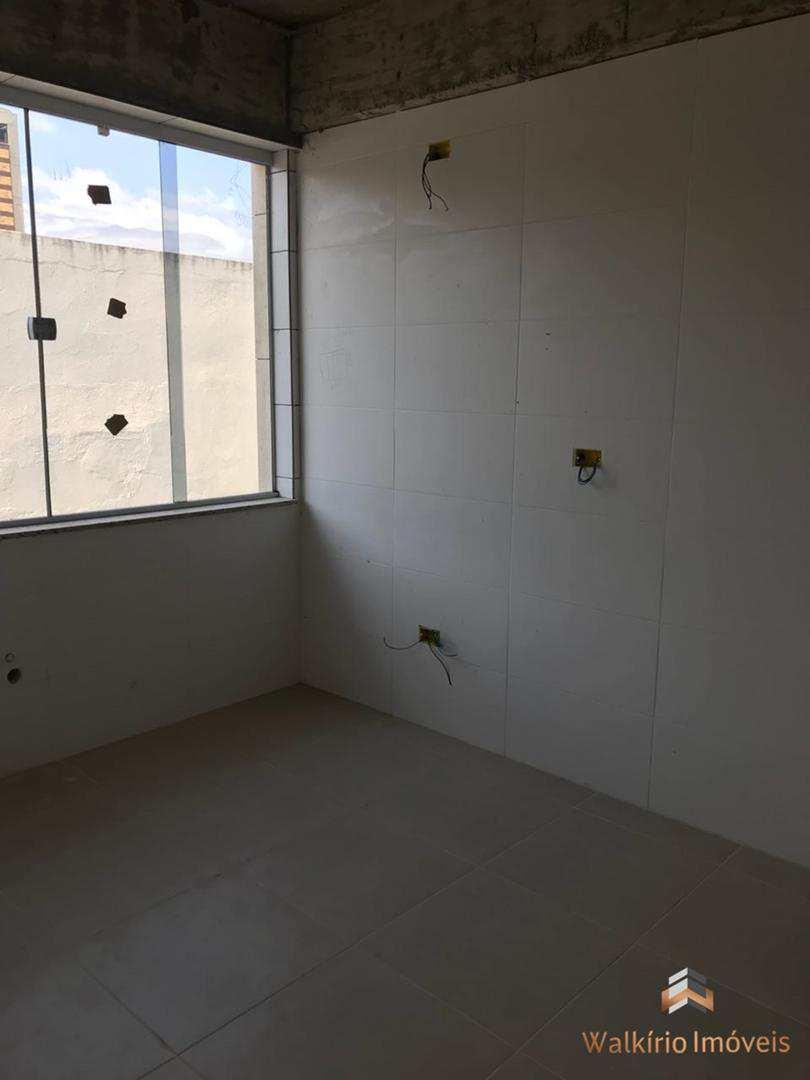 Apartamento com 3 dorms, Centro, Governador Valadares - R$ 550 mil, Cod: 136