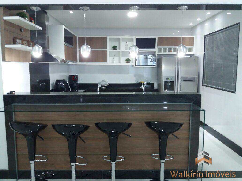 Casa com 3 dorms, Vila Bretas, Governador Valadares - R$ 1.8 mi, Cod: 230