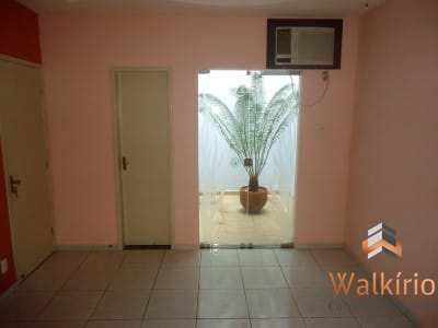 Casa com 3 dorms, Morada do Vale, Governador Valadares - R$ 270 mil, Cod: 239