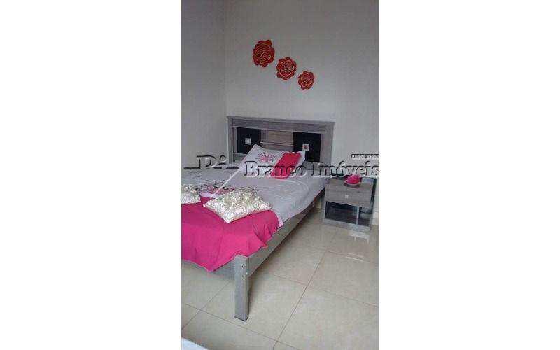 Apartamento 2 dormitorios, no centrão da Vila Caiçara a sua espera