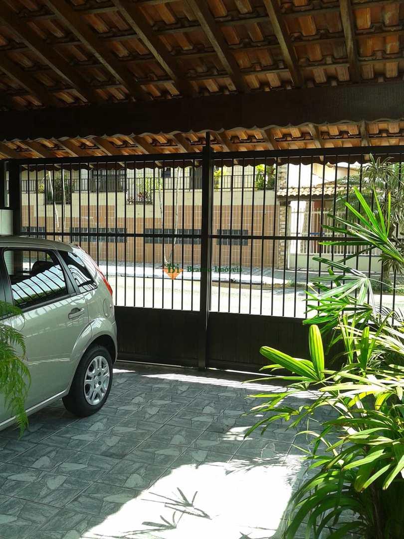Sobrado com 2 dorms, Caiçara, Praia Grande - R$ 265 mil, Cod: 838