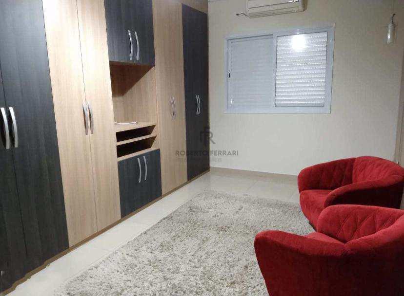 Casa com 3 dorms, Caiçara, Praia Grande - R$ 700 mil, Cod: 213