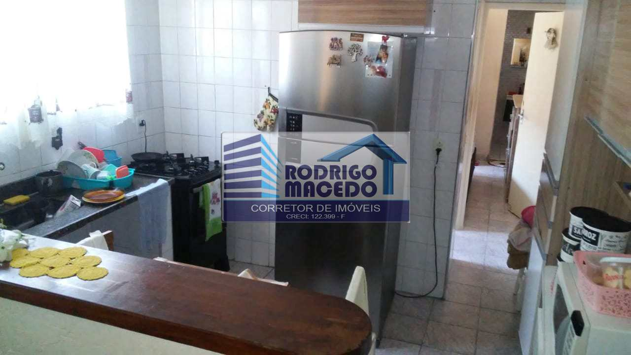Casa com 2 dorms, Maracanã, Praia Grande - R$ 180 mil, Cod: 1752