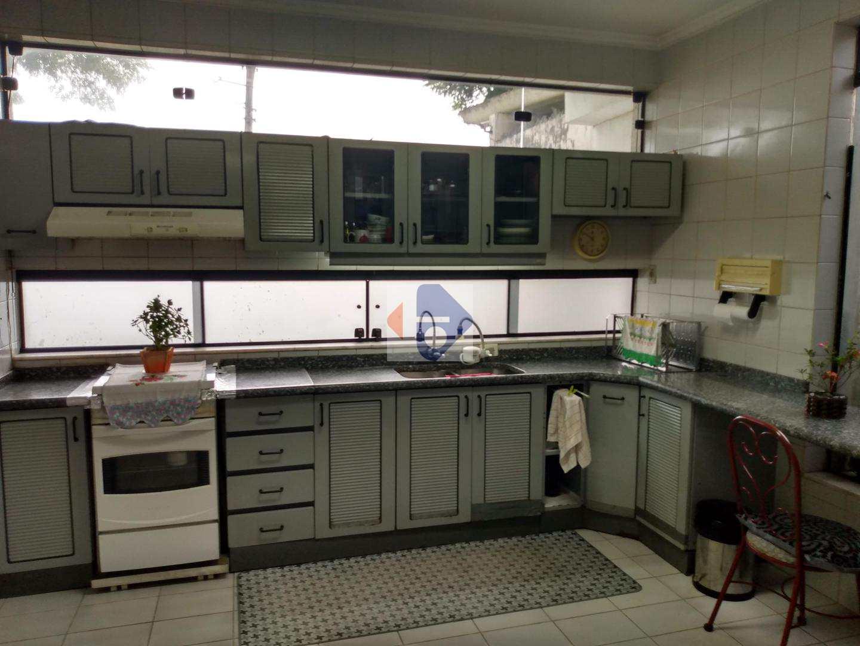 Sobrado com 3 dorms, Jardim Anzai, Suzano - R$ 600 mil, Cod: 105