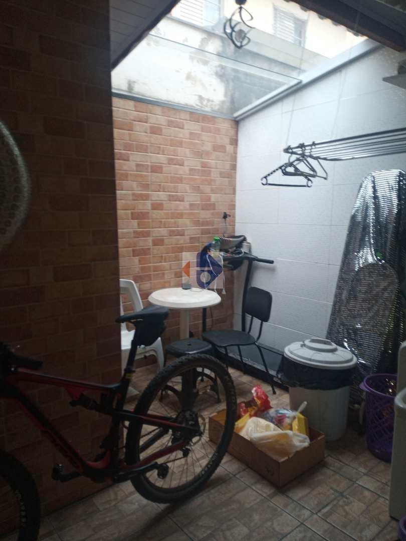 Sobrado de Condomínio com 2 dorms, Jardim Bela Vista, Mogi das Cruzes - R$ 260 mil, Cod: 145