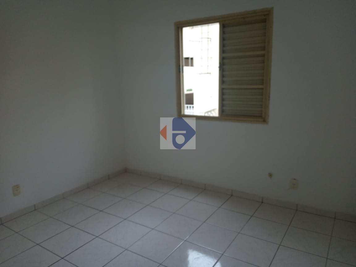 Apartamento com 2 dorms, Vila Urupês, Suzano - R$ 180 mil, Cod: 198
