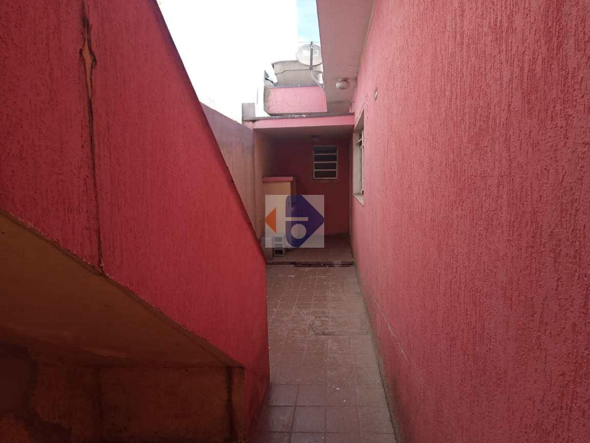 Casa com 3 dorms, Jardim Santa Helena, Suzano, Cod: 208