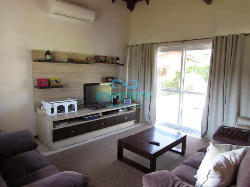 Casa de Condomínio com 4 dorms, Paragem Verdes Campos, Gravataí - R$ 1.3 mi, Cod: 840