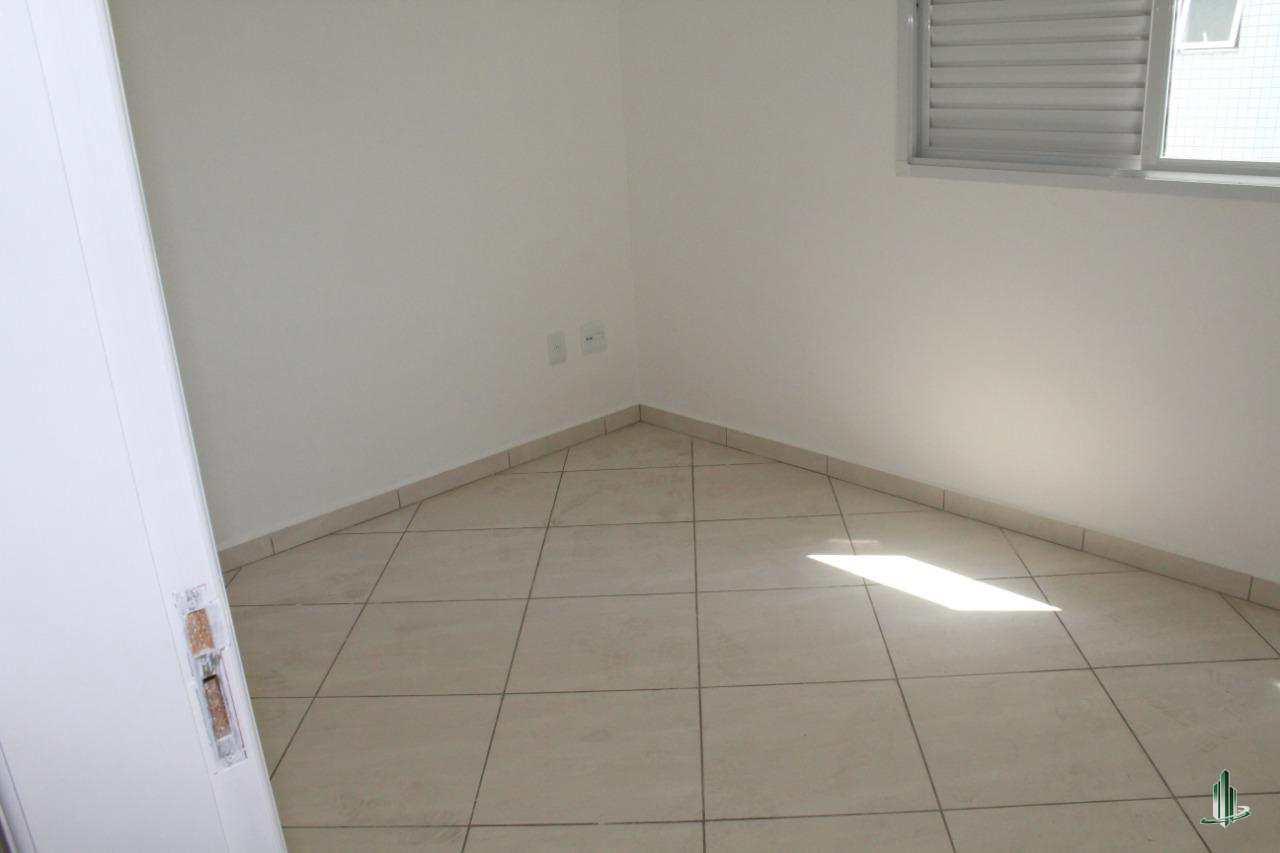 Apartamento com 3 dorms, Guilhermina, Praia Grande - R$ 90.6 mil, Cod: AP2650