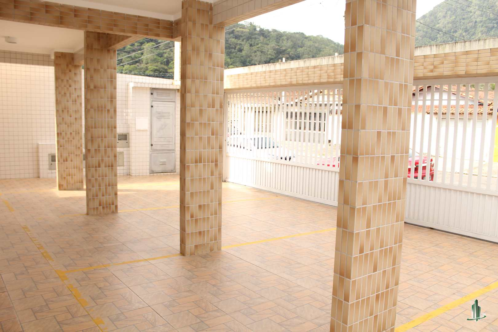 Casa de Condomínio com 2 dorms, Canto do Forte, Praia Grande - R$ 330 mil, Cod: CA1229