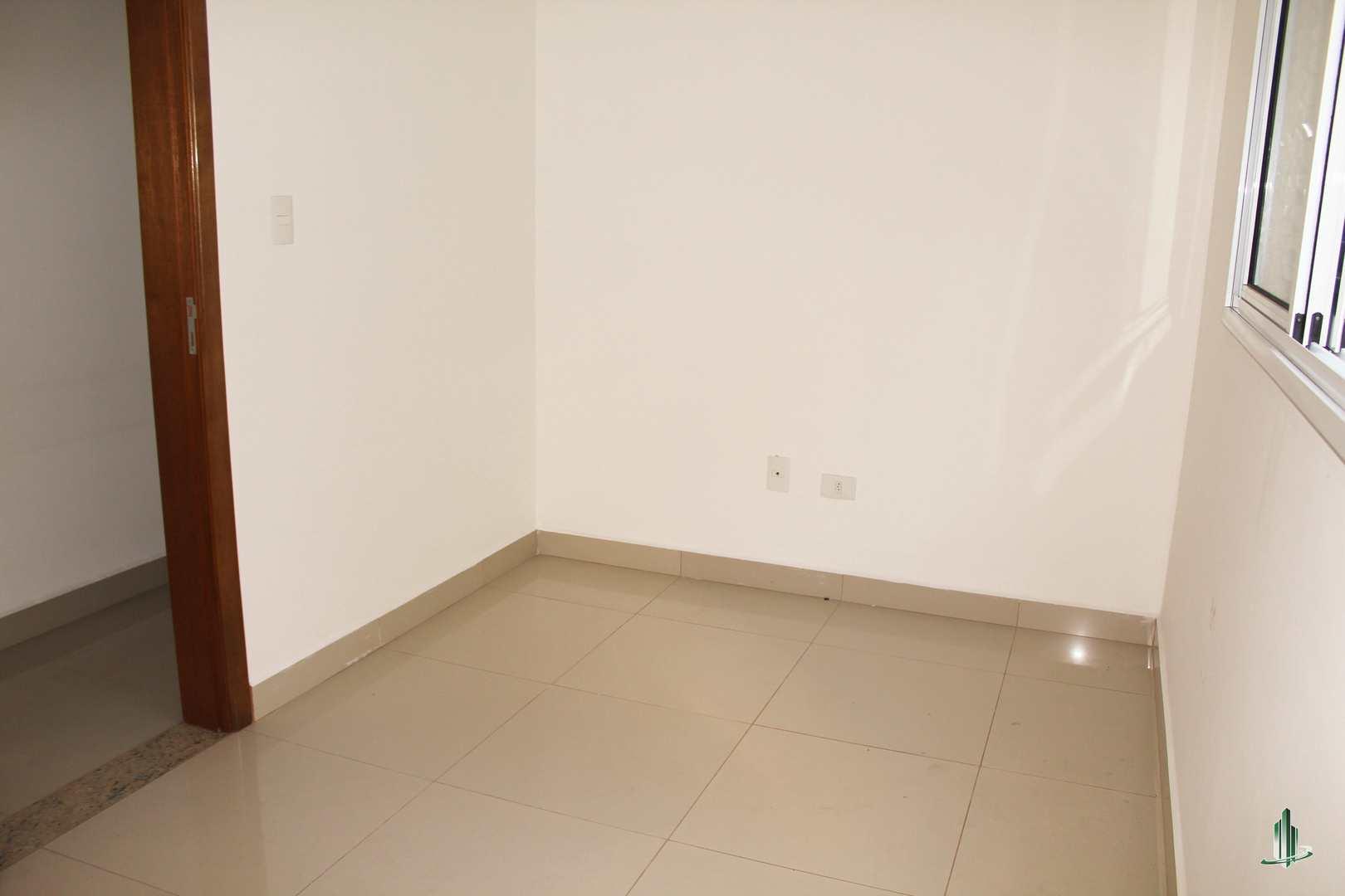Sobrado com 4 dorms, Canto do Forte, Praia Grande - R$ 620 mil, Cod: SO1223