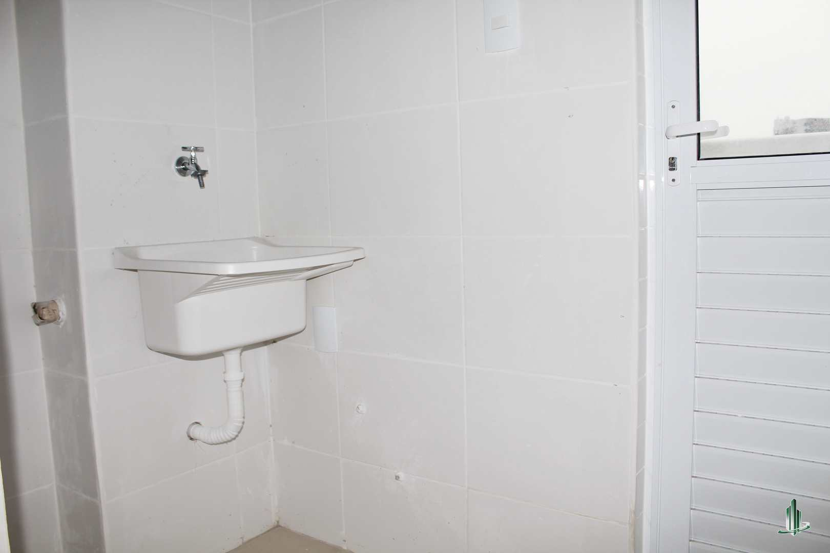 Apartamento com 2 dorms, Guilhermina, Praia Grande - R$ 280 mil, Cod: AP2802