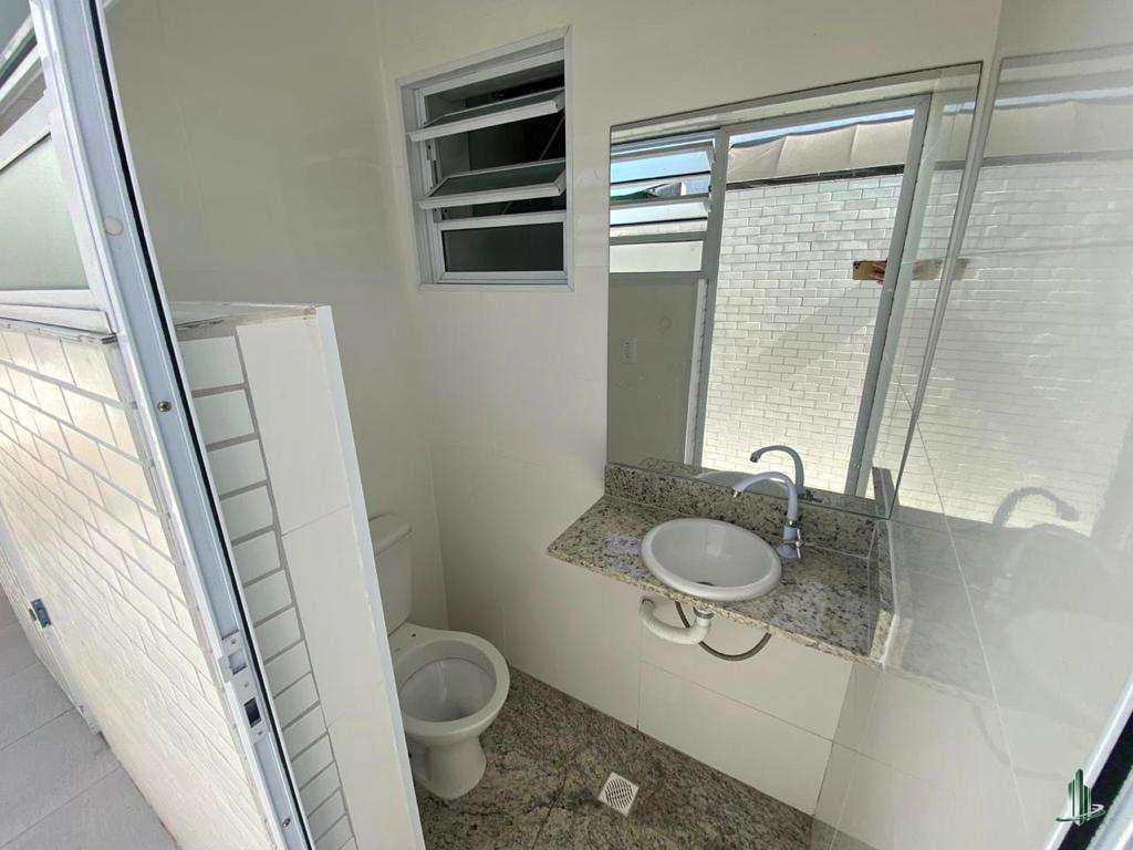 Casa com 3 dorms, Boqueirão, Praia Grande - R$ 400 mil, Cod: CA1249