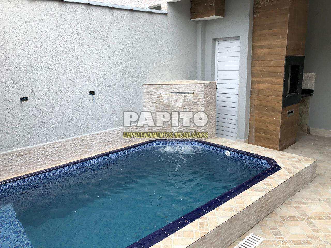 Sobrado com 3 dorms, Tupi, Praia Grande - R$ 590 mil, Cod: 60011036