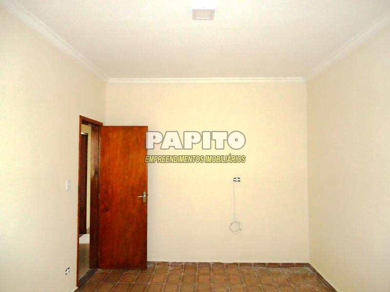 Casa com 3 dorms, Caiçara, Praia Grande - R$ 360 mil, Cod: 60011073
