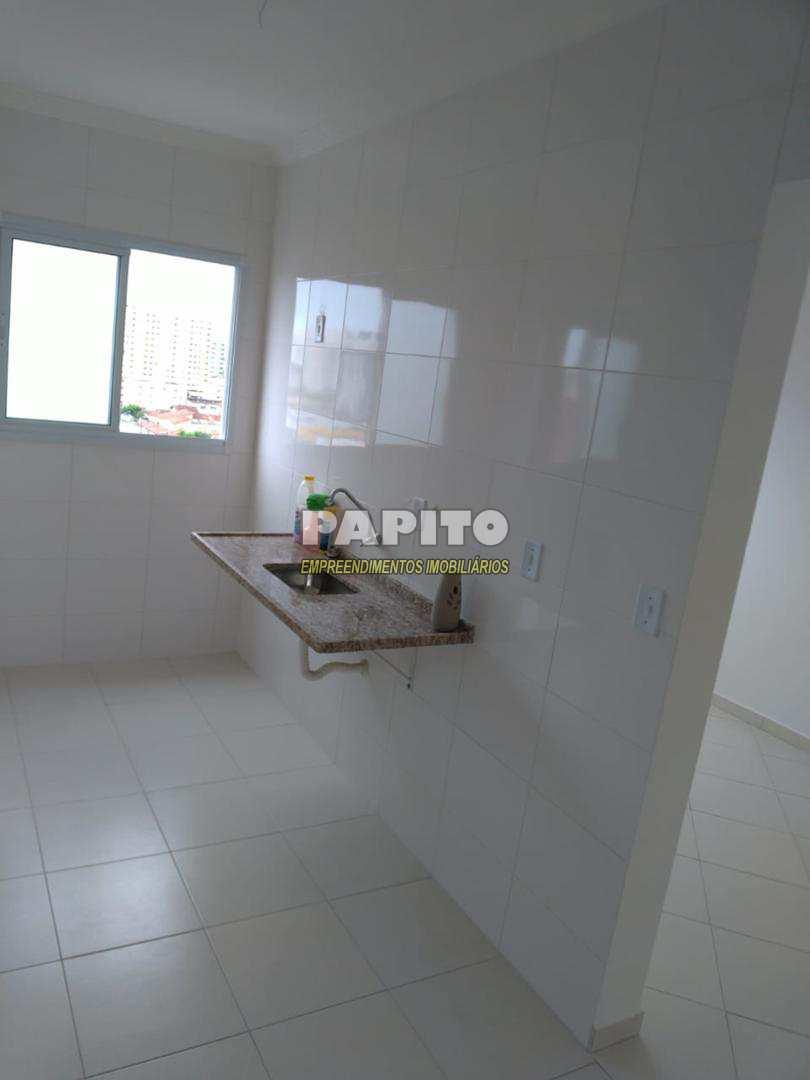 Apartamento com 2 dorms, Ocian, Praia Grande - R$ 190 mil, Cod: 60011079