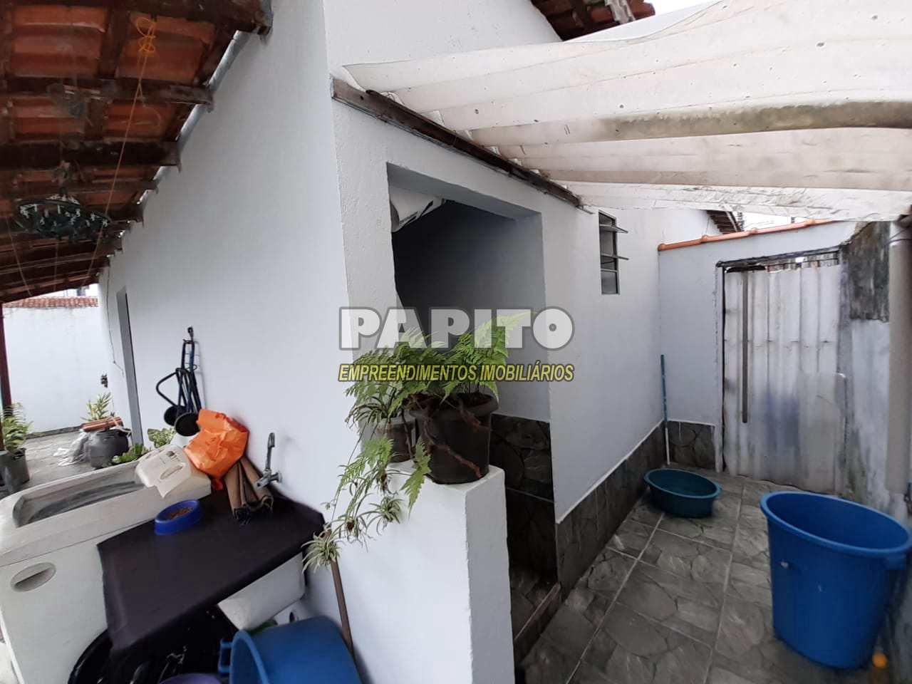 Casa com 2 dorms, Maracanã, Praia Grande - R$ 260 mil, Cod: 60011239