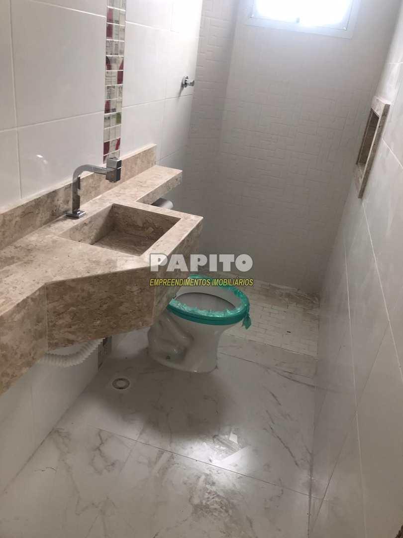 Sobrado de Condomínio com 2 dorms, Ocian, Praia Grande - R$ 215 mil, Cod: 60011245