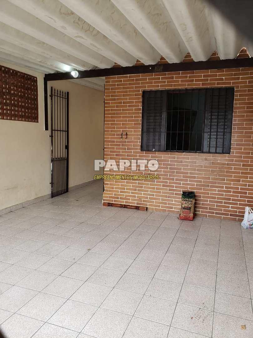 Casa com 2 dorms, Maracanã, Praia Grande - R$ 190 mil, Cod: 60011251