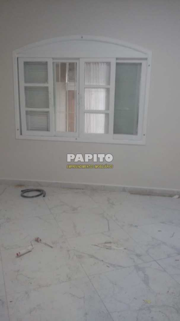 Casa com 2 dorms, Caiçara, Praia Grande - R$ 320 mil, Cod: 60011257